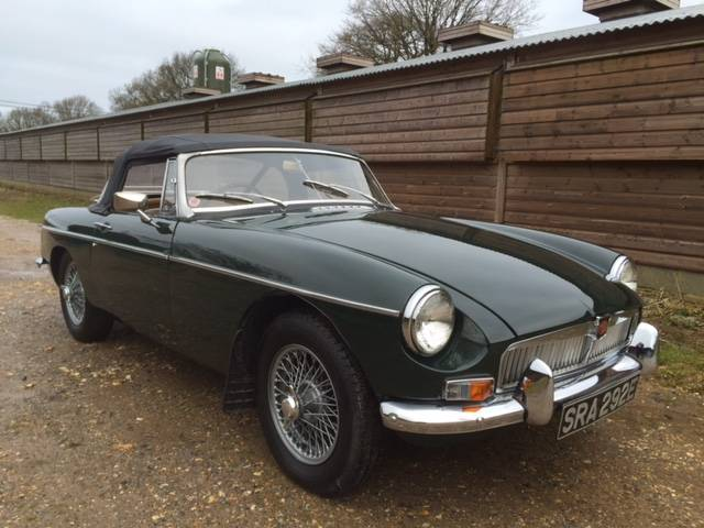 1967 MGB Mk1 Roadster :: Vintage and Classic Cars Sold :: Robin Lawton